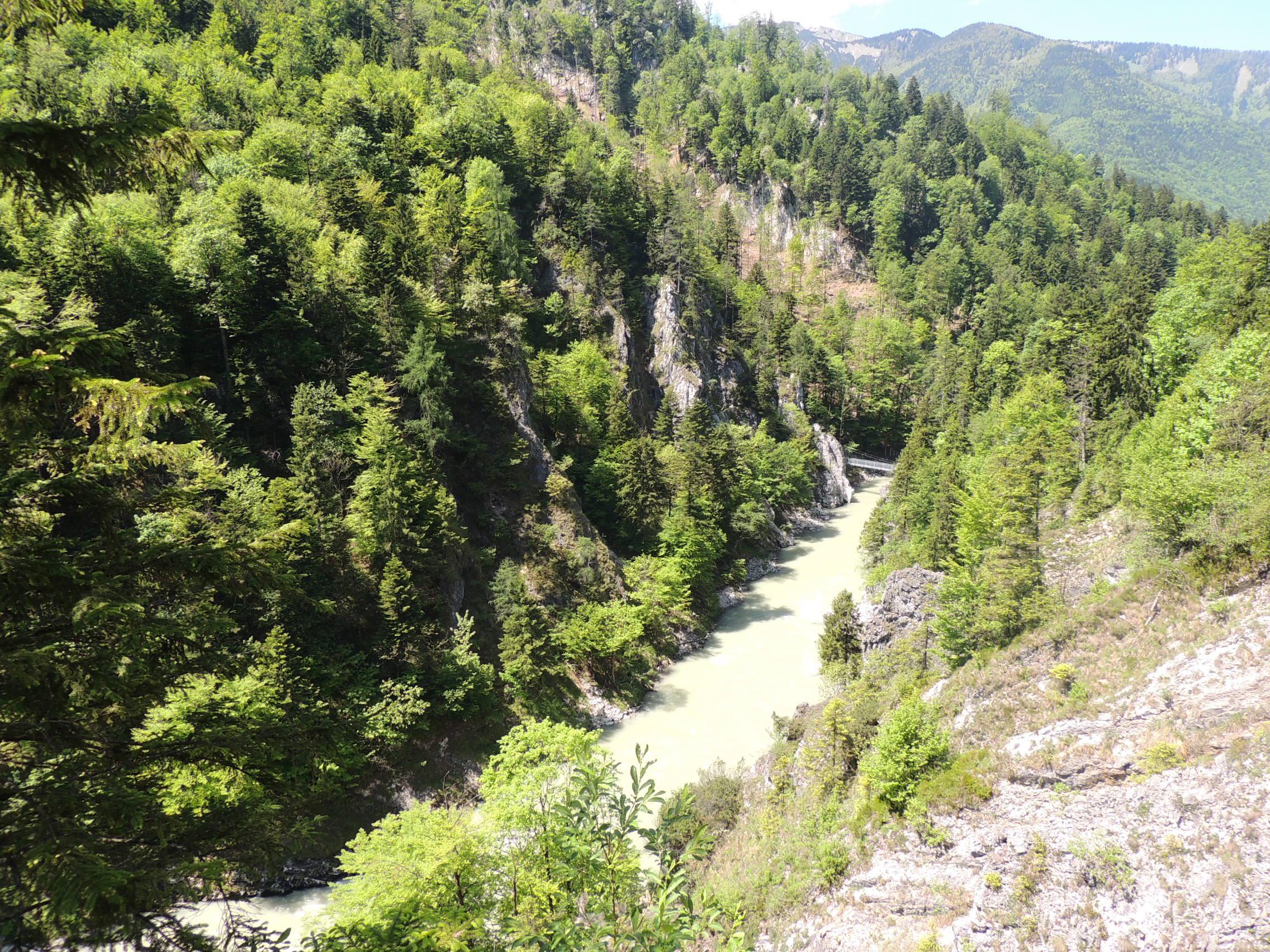 Die Tiroler Ache aus der Vogelperspektive