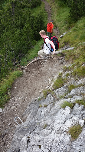 Steiler Abstieg